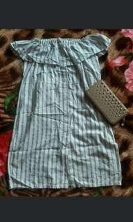 Off Shoulder Buttoned Dress