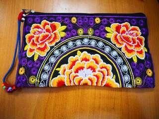 精美刺繡小物袋 購自越南