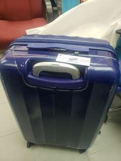 100% 全新 American Tourister 65cm 四輪行李箱 (藍色)