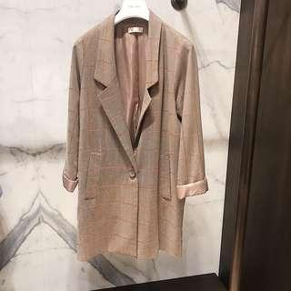 🚚 大格劃線西裝長版外套