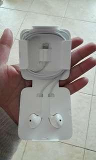 Iphone X earphones