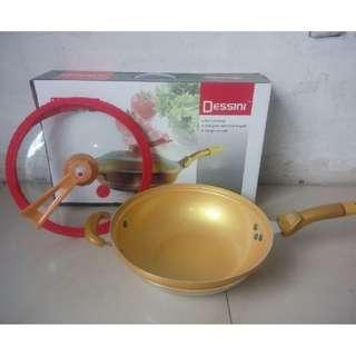 Dessini Golden Wok Pan 32 CM Panci Wajan Serbaguna Anti Lengket