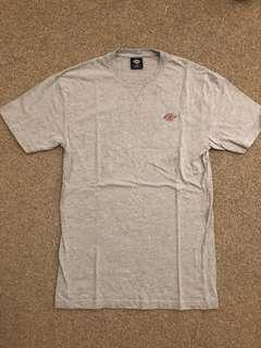 Dickies grey T-shirt