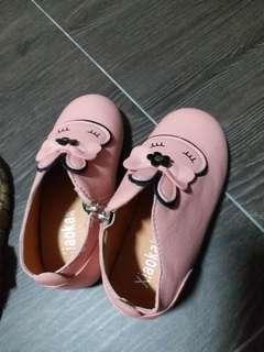 BN peach boots with rabbit design