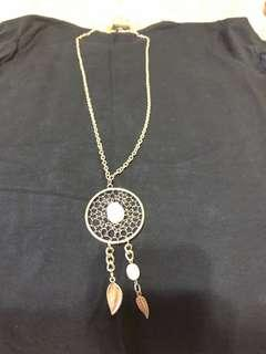 Dream catcher with stone necklace long