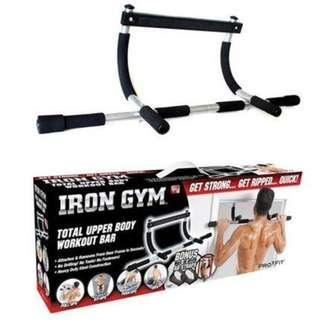 Iron Gym Extreme Portable Alat Fitness Pull Up Bar Praktis