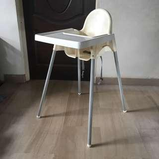 Highchair with*Safety belt &*Removable Tray! white,silver-colour. Waterproof, cleanable & affordable! Can Dismantle!