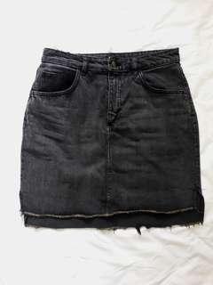 H&M Washed Black Denim Skirt