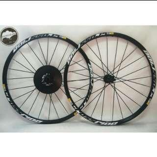 Mavic Crossride Wheelset