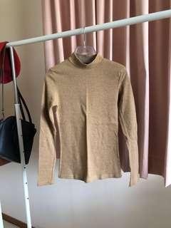 Chic a Booti Camel Top