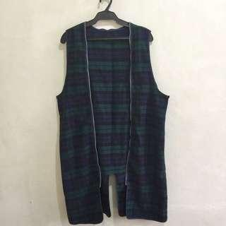 Sleeveless cardigan