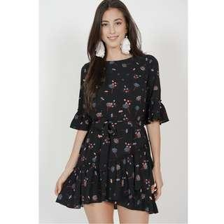 🚚 BN MDS Camellia Ruffle Dress in Black Blue Floral