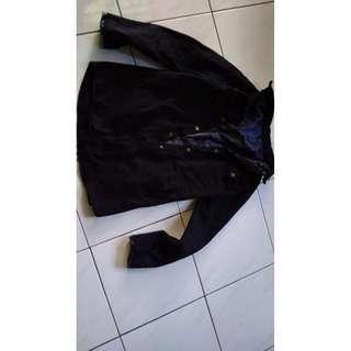 blouse/ Blouse wanita / Baju Luaran / Luaran Wanita / Blouse Korea / Blouse Murah / Blouse Simple/ Outer Wanita/ baju kuliah/ baju kerja/ baju kekinian/ korean dress
