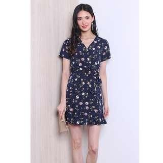 🚚 BN NM La Vita Floral Kimono Wrap Dress in Navy Blue