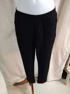 Sale * 3/4 Stretchable pants