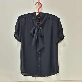 UK8 Uniqlo navy sheer ribbon blouse