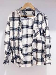 Oversized flannelette-style hooded shirt