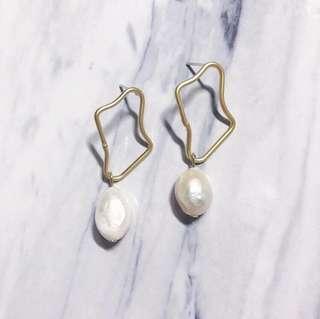Mermaid Teardrop Earrings (Gold)