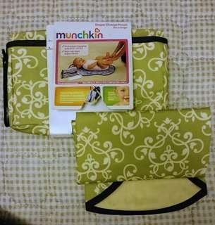 全新munchkin換片墊連袋
