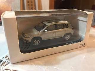 Volkswagen Tiguan 1:43