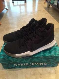 KYRIE 3 black/noir