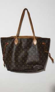 SALE!! LV Tote Bag