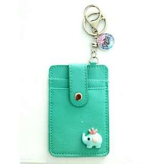 🚚 Custom cardholders with button