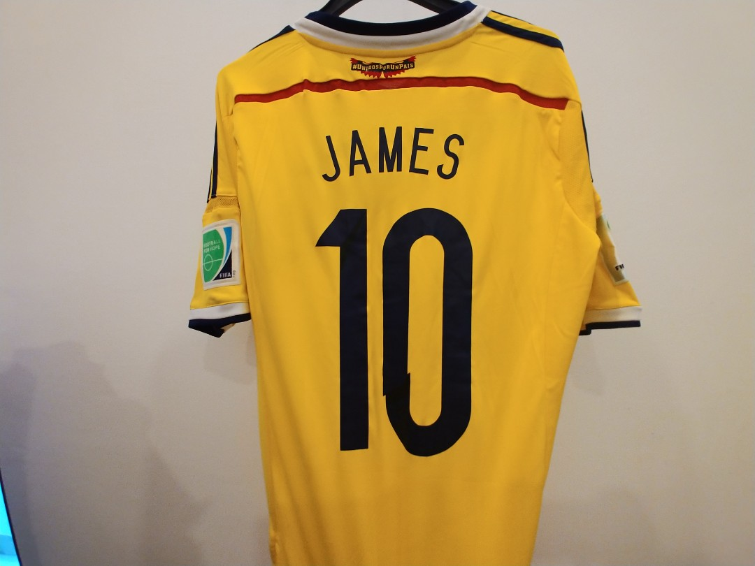 9a0b7b99a BNWT James 10 Colombia Football Jersey World Cup