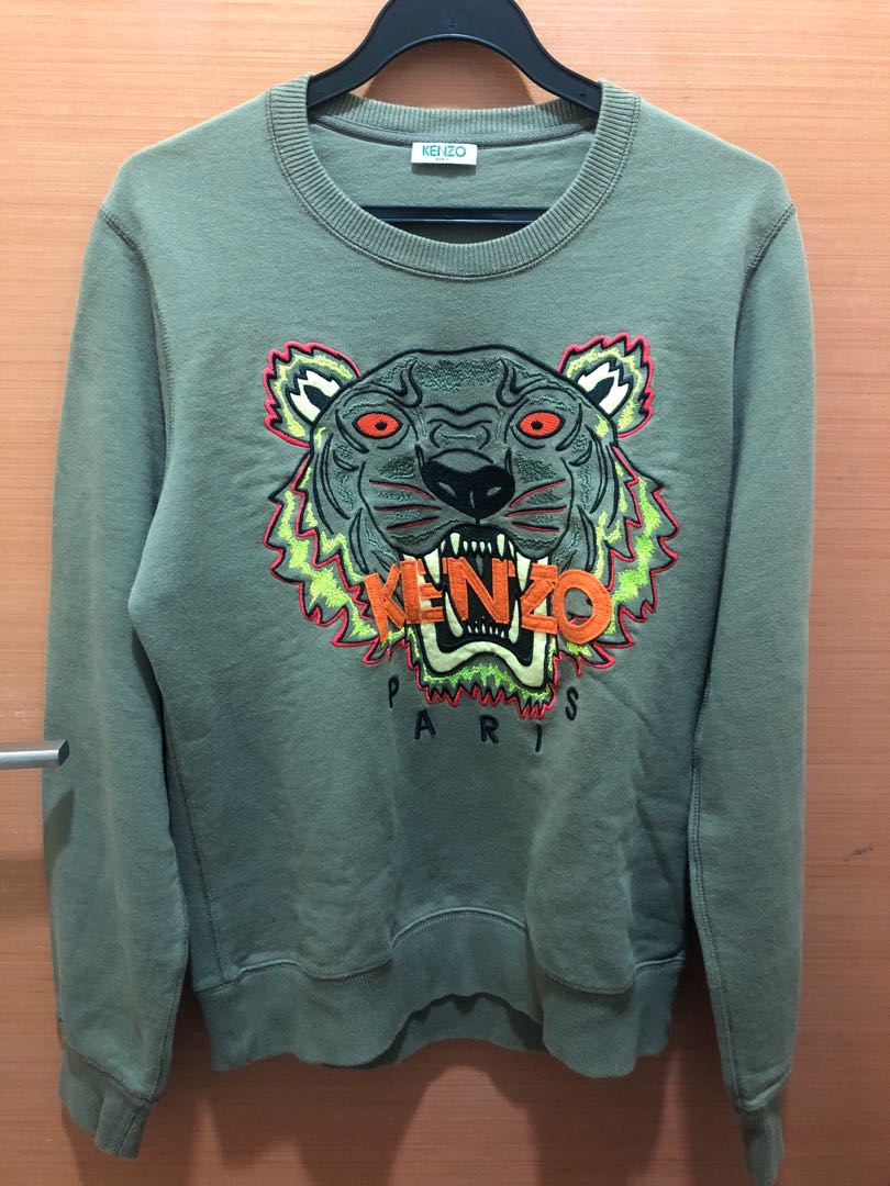 851544ef Kenzo preloved sweater green. Size small, Men's Fashion, Clothes ...