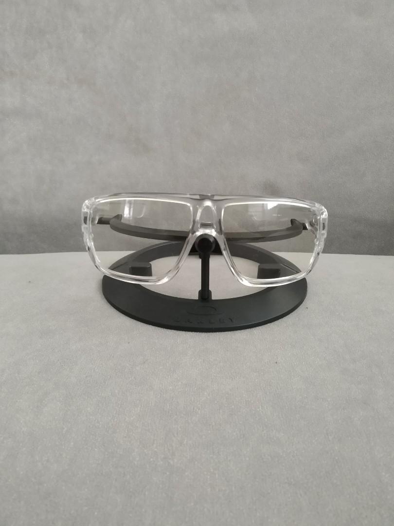 9717e957db Oakley dispatch 1 polished clear frame oo9090-05