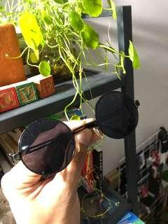 Sunglasses round john lennon