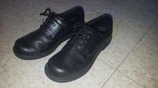 Work shoes size 8.5W