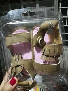 Crib Couture Size 21 Soft Sole sandals