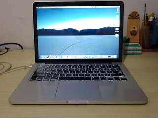 "Macbook Pro 13"" retina display mid 2014"