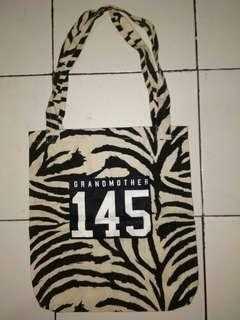 tote bag ( grandmother )