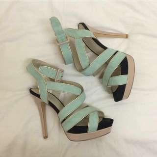 Betts Heels Size 7