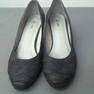 🚚 La New 黑色低跟鞋 上班鞋 面試鞋淑女鞋