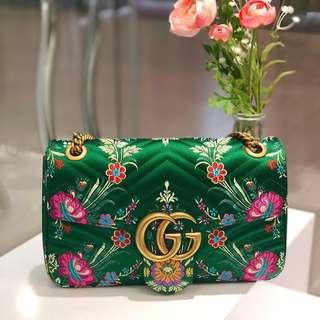 💚Rare and Gorgeous!💚 Gucci Marmont Medium Flap in Green Embroidered Satin and Aged GHW