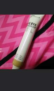It cosmetics byebye concealer
