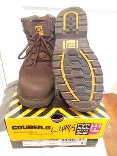 減價 Caterpillar Boot (size USA 9.5)