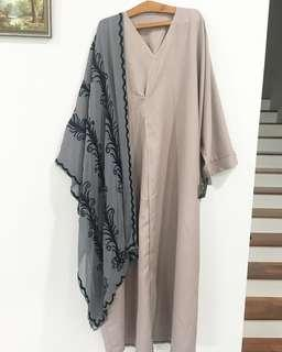 Abaya (NEW WITH TAG)