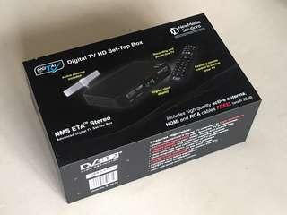 Digital TV box with antenna (BNIB)