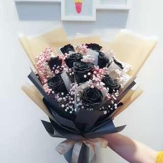 Black Rose's Flower Bouquet