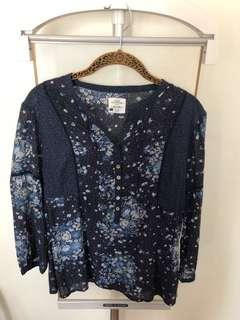 H&M Floral Top in Size Medium