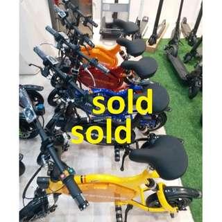 New colors arrived..limited units.. hurry ! - MiniMotors TEMPO 1500w Motor 52V 17.5AH LG quality battery MRT friendly n LTA  compliant electric scooter in Singapore - free same day delivery