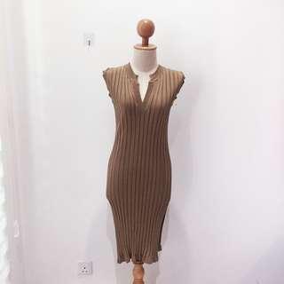 🆕BRAND NEW V Neck Ribbed Knitted Sleeveless Dress Brown Dress Midi Dress