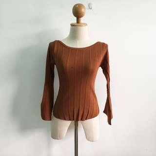 🆕BRAND NEW Knitted Bell Sleeve Top Dark Brown
