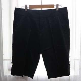 black short pants