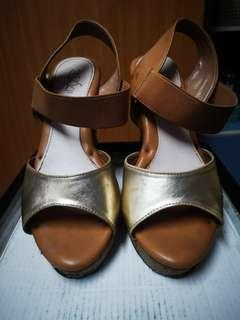 #XMAS25 Casual Brown Wedges