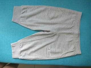 Reebok Women's quarter pants